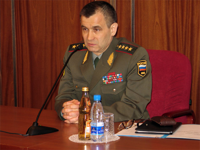 Рашид Нургалиев за ограничение ночного доступа к алкогою